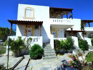 Villa Feggari, Makry-Gialos