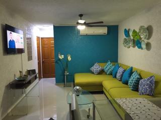 Excelente Departamento en condominio c/Roof garden, Acapulco