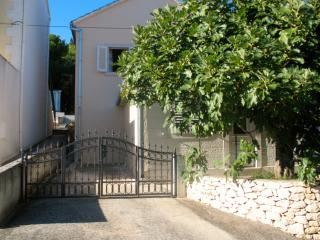 Apartment Family, Supetar, Island Brac, Croatia