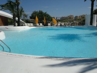 Roda Golf And Beach Resort