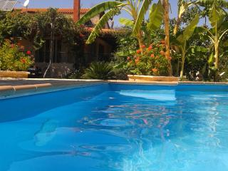 Villa Rodon in Kondili beach with private pool, Kandia
