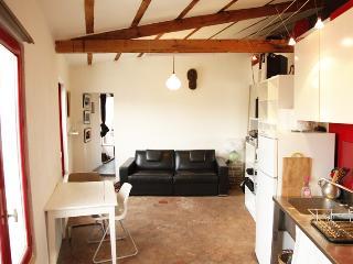loue charmant appartement Canal-Saint-Martin, Paris