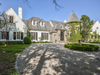 25 Oyster Way, Osterville