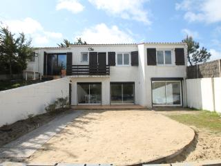 NEW! 5 Bedroom 3 Bathroom Holiday Villa By Beach, La Tranche-sur-Mer