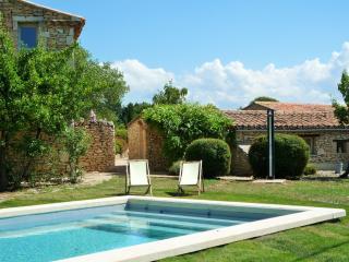 Appartement à louer dans mas avc piscine à Gordes2