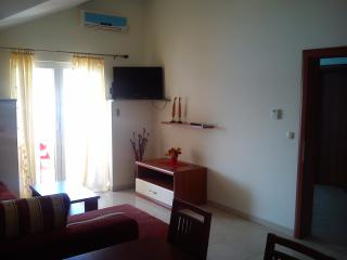 Apartment 2 Tisno, Tijesno