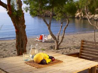 Apothikes Apartments on the beach in south Crete, Ferma