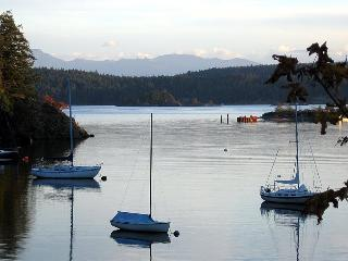 Cooper's Cove Guest House, Sooke