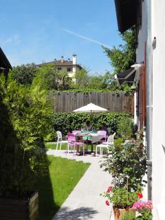 vue de la'ppartement sur notre jardin privatif