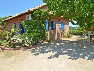 Traditional Therianos Villas ( Villa Sympan ), Kallithea