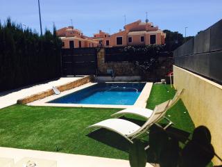 Casa moderna con piscina para 8 pax., Puig de Ros