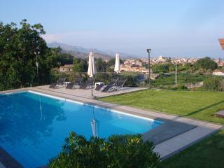 Villa Capo Grecale, Piedimonte Etneo