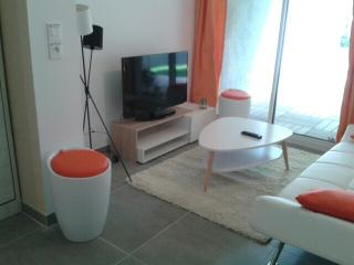 Joli studio avec jardin proche du port/plages, Carqueiranne