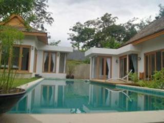 Phuket Paradise House Tewana, holiday rental in Phuket Town