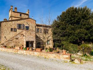 Il Leccio, Tuscan Farmhouse, Montepulciano
