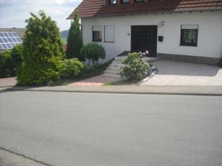 Moderne Ferienwohnung für 1-8 Pers. bei Winterberg, Bromskirchen