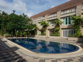 House 4BD Swimming pool 390M2, Bangkok