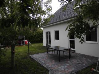 Ferienwohnung Deichblick 2 m.Sauna+Whirlpool, Motorboot, Leer