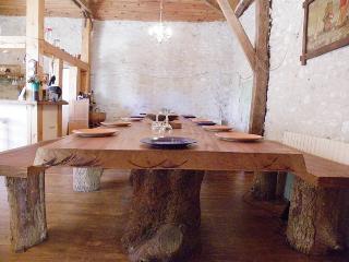 Demeure authentique pour 4 couples/8 à 10 enfants, Montaigu-de-Quercy