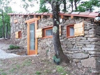 cabane en pierres seches, Sainte-Colombe-sur-l'Hers