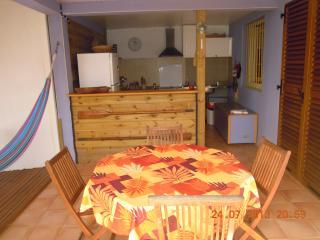 independent low-villa: hammocks and views caribbean sea, Sainte-Luce