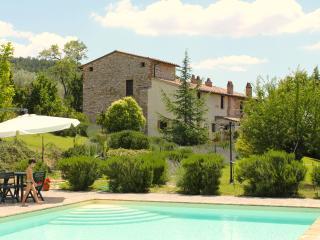 Bilocali in Casale con piscina  Perugia
