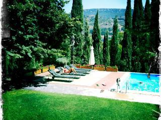 Villa con Piscina a pochi minuti da Perugia