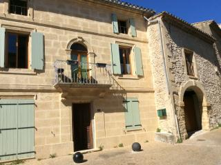 Appartement en Provence lumineux, calme et Climat, Collias