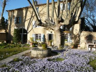 PAVILLON DE 40M2 AU CALME PROCHE D'AVIGNON 420€/se, Villeneuve-les-Avignon