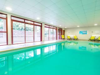 Appartement 6 personnes piscine intérieure, hammam, Carcassonne