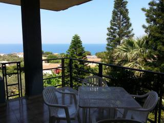 Panoramic villa near the sea, Altavilla Milicia