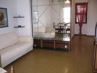 Appartamento centrale tutti i servizi, Santa Marinella