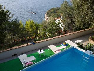Amalfi Coast Appartamento Niriedes C with sea view