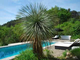 MAISON ARCHITECTE 30 M2 PLAIN PIED EN CAMPAGNE, La-Bouilladisse