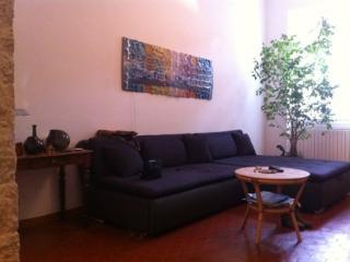 Appartement niçois, charme et soleil au rdc