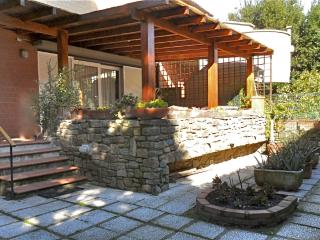 Appartamento signorile con giardino, Punta Ala