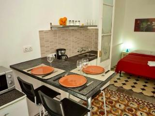 Barcelovely Junior, Cozy Flat. Eixample area, Barcelone