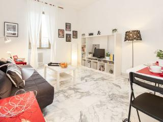 Modern and quiet flat Colosseum close METRO A