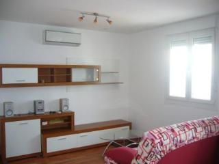 Apartment near beach Znjan