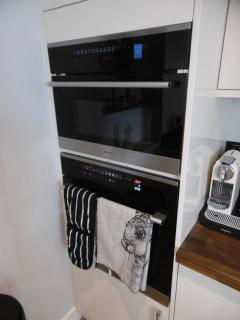 High end oven and microwave oven