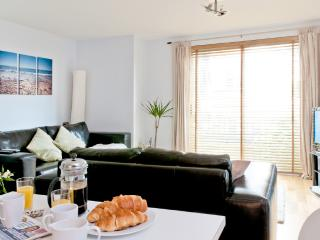 Stunning 2 Bed Garden Apartment, Newquay
