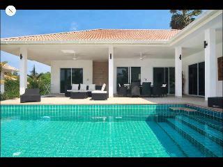 Villa Lina, Maret
