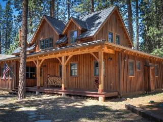 #307 LUNDY LANE Gorgeous Cedar Cabin with Apartment over the garage $370.00