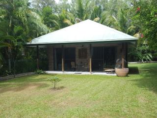 Pool Villa, Oak Beach-Pt Douglas, Queensland