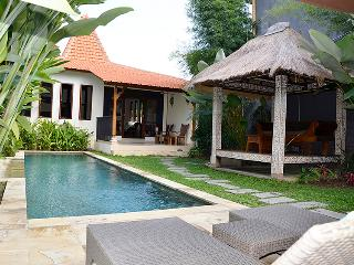 Villa Paradise - a modified Joglo in the tropics, Ubud
