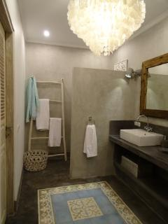 Bathroom 2 Villa Blessings with walk inn shower, toilet and double zinc