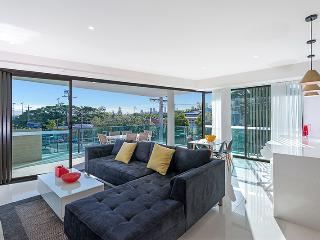 The Princess of Bulimba - Executive 3BR Apartment