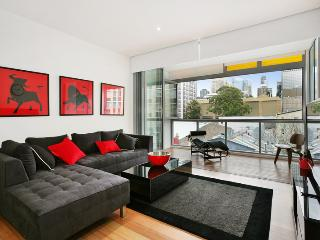 New York on Riley - Split-Level 2BR Darlinghurst
