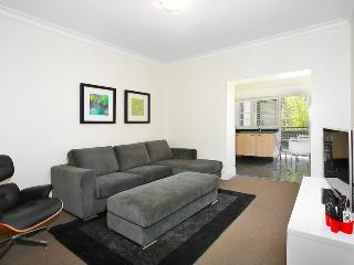 StN4S 2BR Potts Point, Sydney