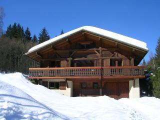 Chalet des Granges, nice chalet for 10 people, Les Houches